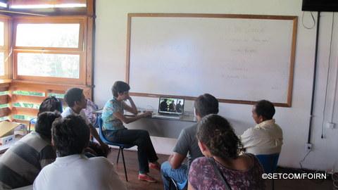 Na abertura oficial, foram apresentados os vídeos que serão traduzidos durante a oficina.