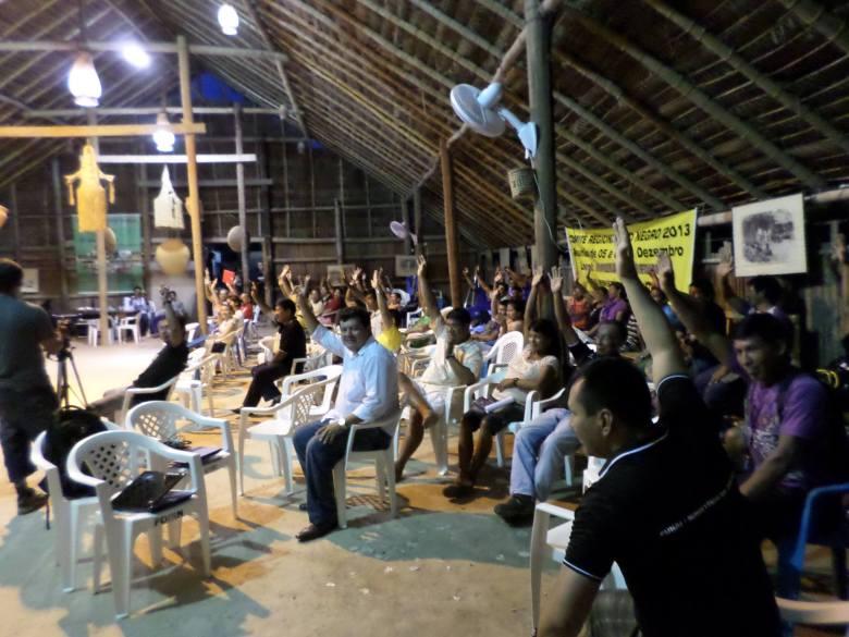 Participantes da reunião aprovam o relatório de atividades e o plano bienal 2014-2015 da CRRN-Funai