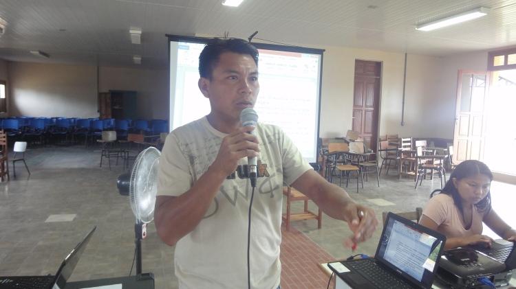 Professor Geraldino Pena Tenório durante o Seminário de educação escolar indígena em Taracúa.