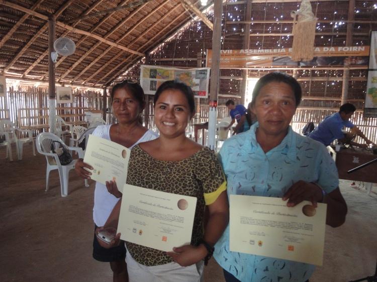Participantes do Seminário da região Táwa, que reuniu professores, gesrtores (as) de escolas da cidade e comunidades próximas.