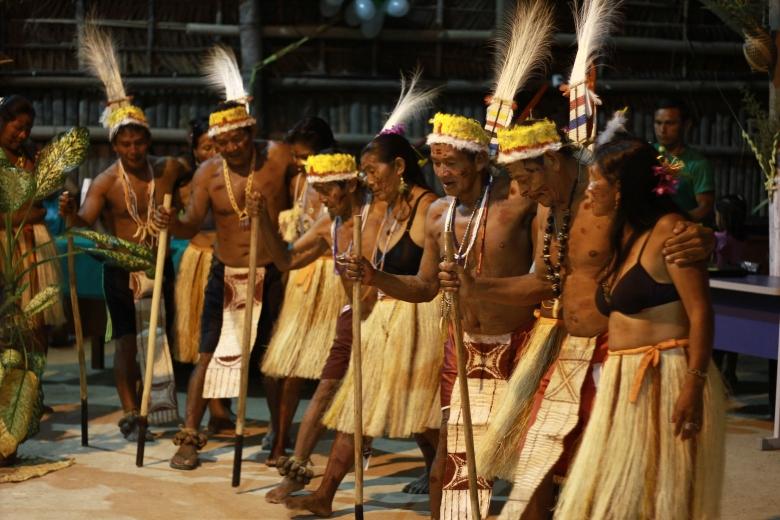 Grupo de dança Tuyuka na apresentação de danças tradicionais na noite do dia 30 de abril.Foto: José Miguel Nieto Olivar/PAGU-UNICAMP