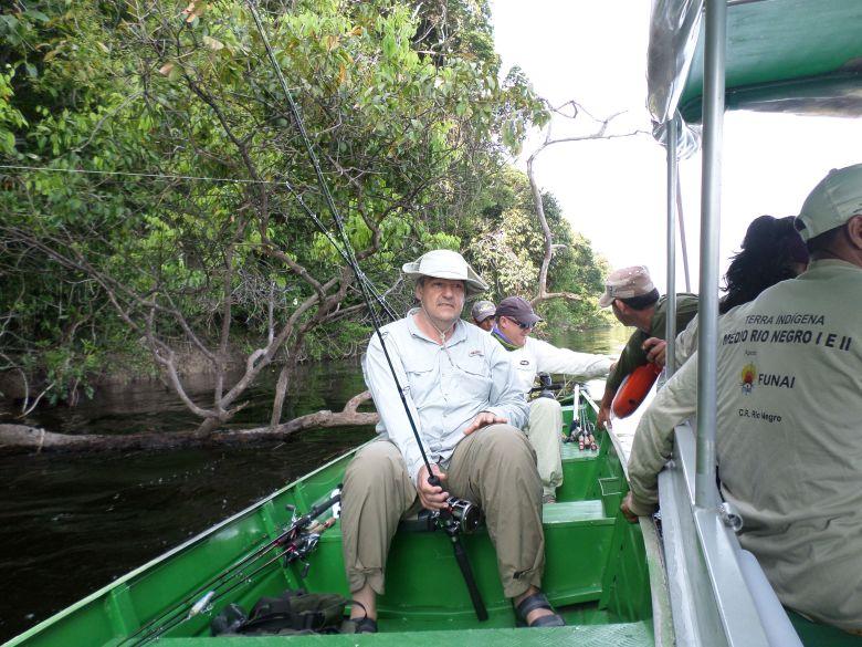 Ação de fiscalização da FUNAI apreende turistas realizando pesca esportiva ilegal em Terras Indígenas Médio Rio Negro II e TI Téa. Foto: FUNAI