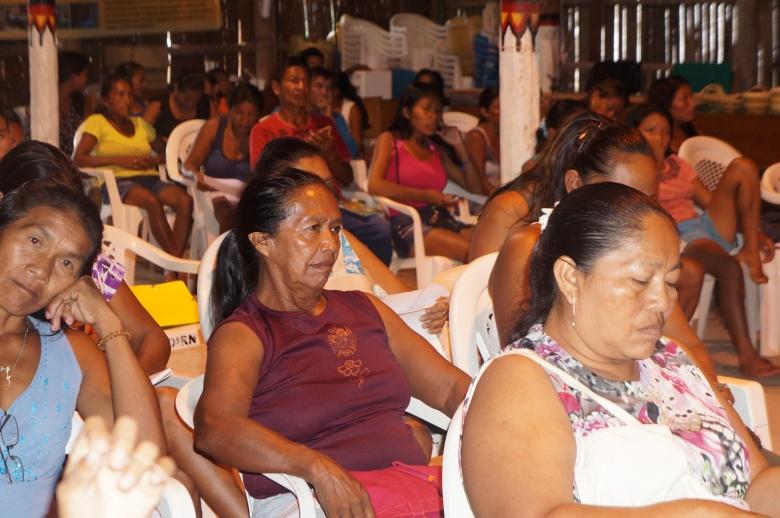 Participantes da oficina realizada na Casa dos Sabres da FOIRN. Foto: SETCOM/FOIRN