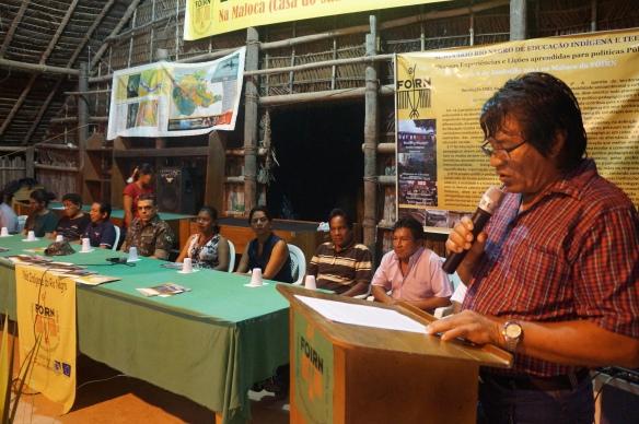 Diretor Renato Matos lendo a carta de comemoração de 28 anos da FOIRN. Foto: SETCOM/FOIRN