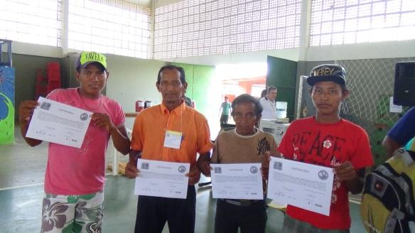 Participantes da conferência  fazem