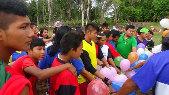 Inauguração do campo de futebol na comunidade São Gabriel Mirin, foi uma das atrações do evento. Foto: SETCOM