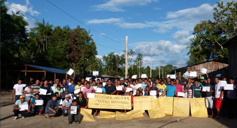 Participantes da etapa local da Conferência Nacional de Política Indigenista realizada na comunidade Nazaré do Rio Içana. Foto: SETCOM/FOIRN