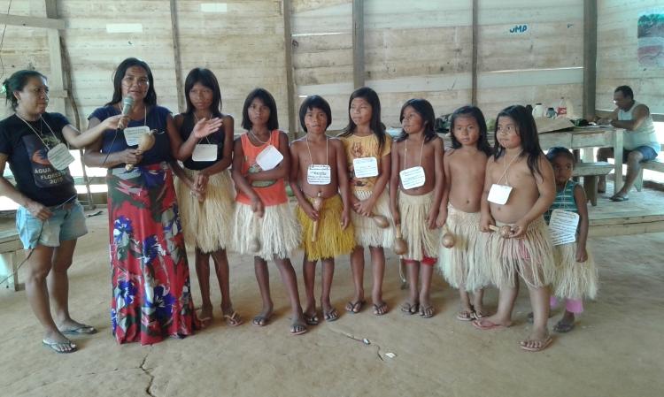 Apresentação cultural durante a Assembleia da AINBAL. Foto: Adelina Sampaio/FOIRN