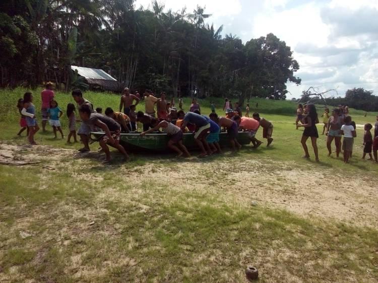 Comunidade apreende voadeira que acompanhava o barco invasor da Amazon Sport Fishing